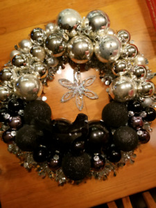 Black and silver vintage ornaments Christmas wreath