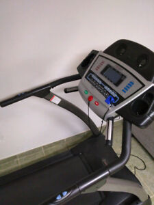 **STAY FIT THIS YEAR WITH A GOOD TREADMILL**