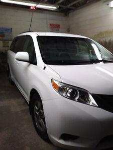 2013 Toyota Sienna White Minivan, Van