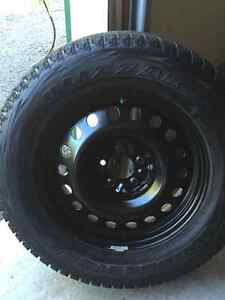 Bridgestone BLIZZAK DM-V1 SNOW TIRES