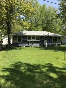 Cottage for Rent at Pleasant Beach - Lake Erie (Sherkston)