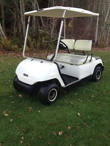 2000 Yamaha gas golf cart