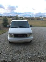 1997 GMC Safari Very clean. No rust