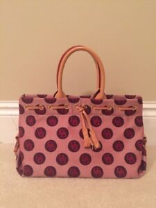 New authentic Dooney and Bourke purse retail $330