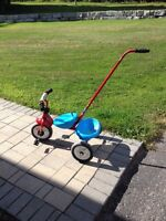 Toddler tricycle with handle