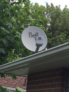 Bell satellite dish and 2 receivers