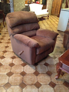Fauteuil Bercant Inclinable *** Rocking Reclining Armchair
