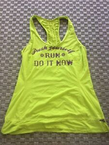 Size 8 or 10 lululemon run shirt