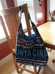 Robin Ruth Punta Cana shoulder bag Kitchener / Waterloo Kitchener Area image 4