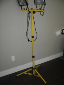 Stand Alone, Portable Dual Halogen Work Light - For Sale