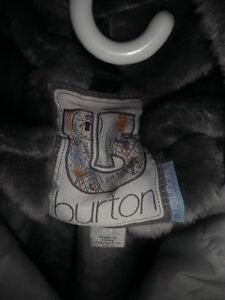 manteau Burton junior grandeur Medium Gatineau Ottawa / Gatineau Area image 2