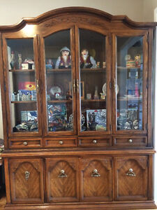 Buy or sell hutchs display cabinets in abbotsford for Q furniture abbotsford