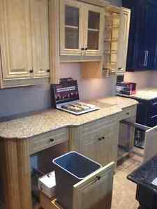 Beautiful Thermofoil Maple Kitchen Section w/ Quartz Countertop Moose Jaw Regina Area image 3