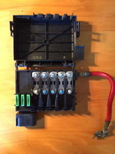 VW and  Audi Fuse Box Engine Bay Battery