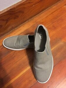 Men's Ugg slip on shoes  size 12