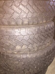 205/55R16 Snowtracker pneus d'hiver winter tire 2055516