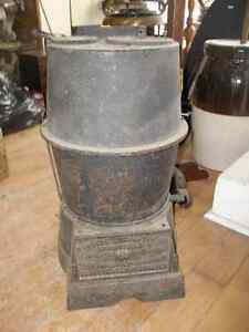 Antique Buckeye Incubator Co  patented 1926