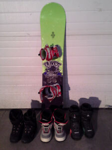 Dukes snowboard with bindings and boots