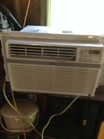 8000 BTU LG Air Conditioner with remote control