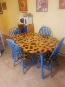 Solid Wood Table, 4 Chairs, Coffee & End Table