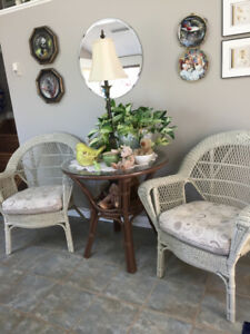 Wicker table with 2 wicker chairs