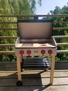 Educo Wooden Play Barbeque BBQ
