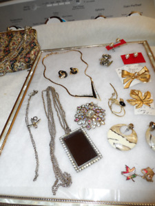 Costume Jewelry & Vintage Watches & Men's Clip Watch