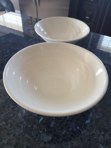 Bowls 8 inch and 9 inch - BRAND NEW