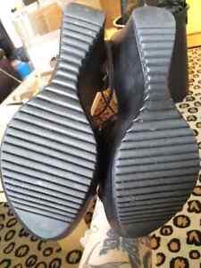 Wedge black heels Windsor Region Ontario image 3