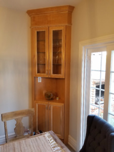 Solid wood corner unit and pantry