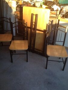 TABLE AND 4 CHAIRS - IN GOOD CONDITION Peterborough Peterborough Area image 2