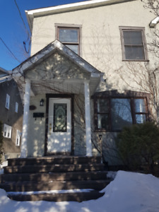 A Fully Renovated 4 Bedroom House for Rent Dorval-Pointe Claire