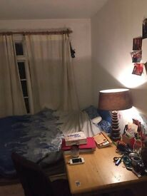 Double furnished room to rent in Caledonian Road (North London)