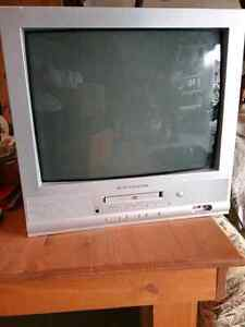 20 inch TV with remote