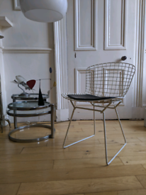 Mid century vintage Harry Bertoia metal wire dining chair with seat pad 1970s