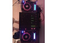 Numark NDX 400 CDJ's and Behringer DJX 750