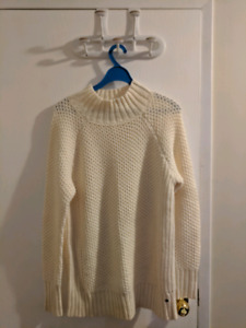 American Eagle sweater (M)