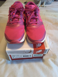New balance 711 women's shoes sneakers size 7.5