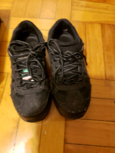 Workload Women's Aria Work Shoes size 7   For sale