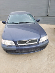 Volvo s40 1.9L turbo as is