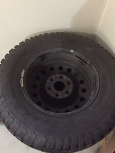 265/70/R17 tires and rims used on Silverado