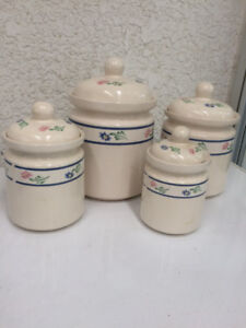 Pretty Canister Set