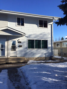 Great well cared house available Located in North-Gate