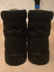 Women's WindRiver Insulated Boots Size 8 London Ontario image 3