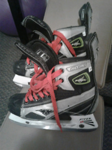 Mission Fuel youth skates. Size 4.5D