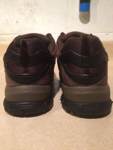Women's WindRiver Hiking Shoes Size 8 London Ontario image 2