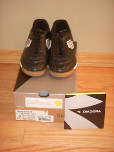 """""""Diadora Monza"""" soccer shoes - 2 pairs (size 3) … NEW CONDITION!"""