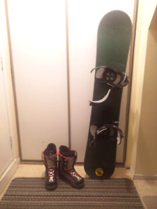 Mens snowboard, bindings, and boots