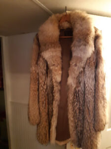 Coyote fur jacket for sale size 12-14