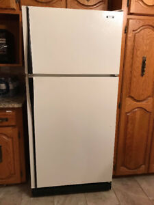 Hotpoint Refrigerator For Sale.
